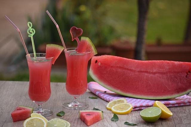 Quel extracteur de jus choisir pour conserver les bienfaits des fruits?